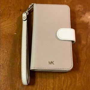 Michael Kors IPhone 6 Wallet Case with Wristlet